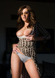 Pics and Scenes of Taylor Vixen